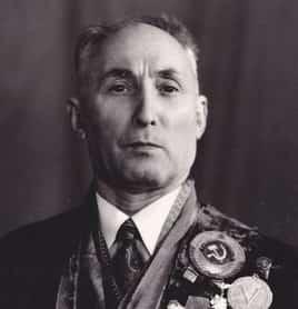Школьников Роман